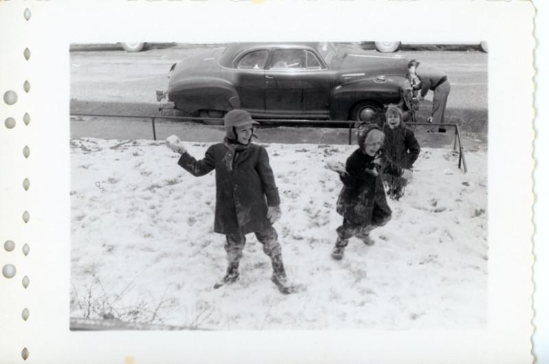 Koerner Kids in the Snow