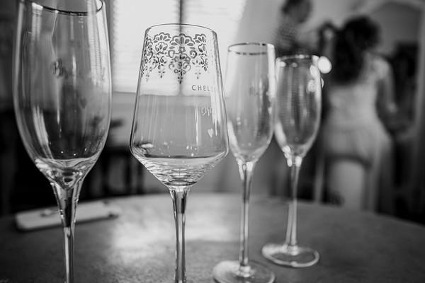 89_Chelsea and Brent Bridal Prep at Preston Peak Wines_She_Said_Yes_Wedding_Photography_Brisbane-_BnW