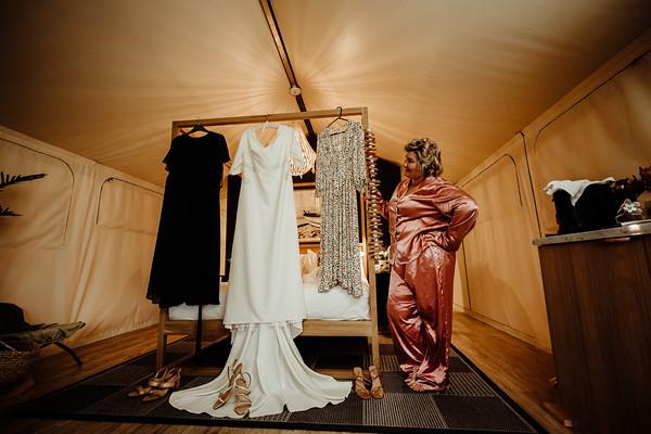 5_E+T Bridal Prep at Sandstone Point Hotel_She_Said_Yes_Wedding_Photography_Brisbane
