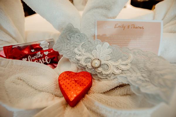 15_E+T Bridal Prep at Sandstone Point Hotel_She_Said_Yes_Wedding_Photography_Brisbane
