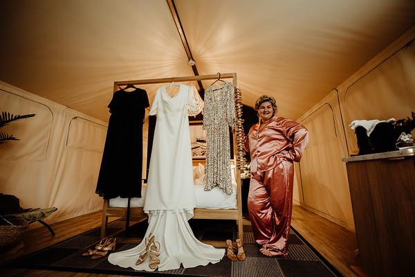 6_E+T Bridal Prep at Sandstone Point Hotel_She_Said_Yes_Wedding_Photography_Brisbane