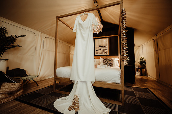 17_E+T Bridal Prep at Sandstone Point Hotel_She_Said_Yes_Wedding_Photography_Brisbane