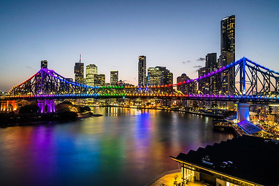 View of Story Bridge at twilight.