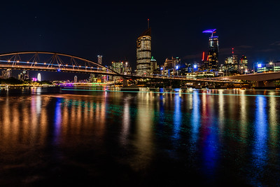 View of Brisbane City skyline from The Cliffs Boardwalk.