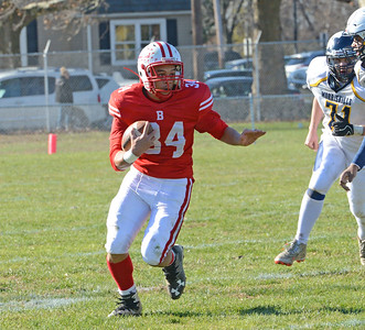 Deshawyn Cortez (34) rushed for for 50 yards.