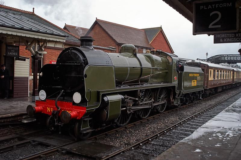Southern 1638 at Platform 1