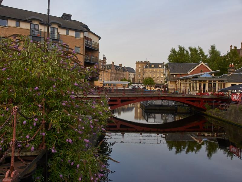 Swing Bridge over Rennie's Lock