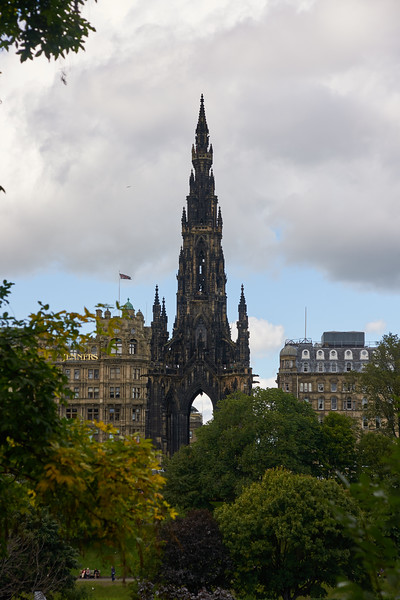 Sir Walter Scot Monument