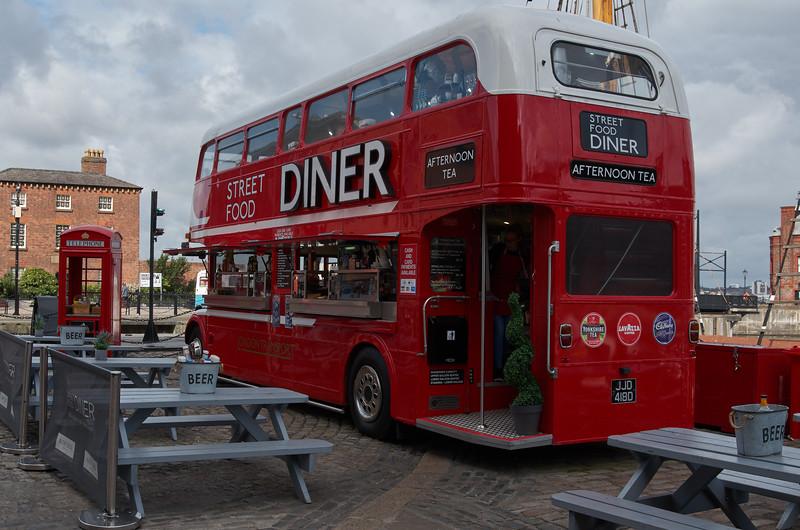 Bus Diner