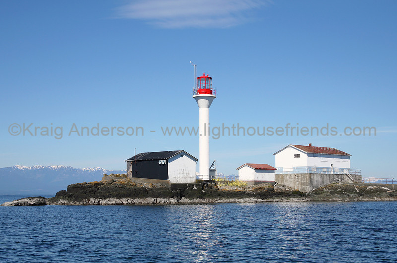 Sisters Islets Lighthouse