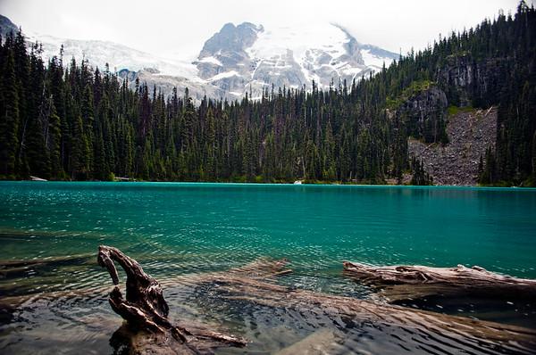 Joffre Lakes' Second Lake