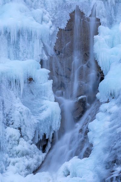Ice on Shannon Falls