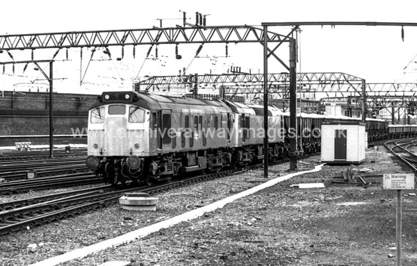25037 12/6/84 Crewe   Withdrawn 01/87 CDCut-Up 06/87 Vic Berry's, Leicester