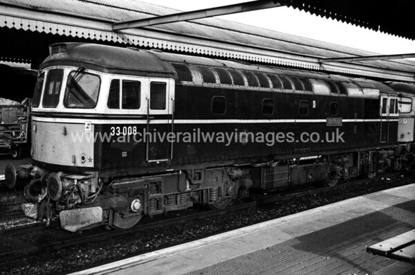 33008 Eastleigh 10/2/89 Reading Withdrawn 02/96 SLNow Preserved / Private Owner as at 14/3/17