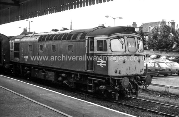 33002 9/7/88 Salisbury Withdrawn 09/96 SLNow Preserved / Private Owner