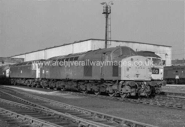 40018 11/2/78 Wigan Springs Branch Withdrawn 09/81 SP Cut-Up 08/83 Crewe Works