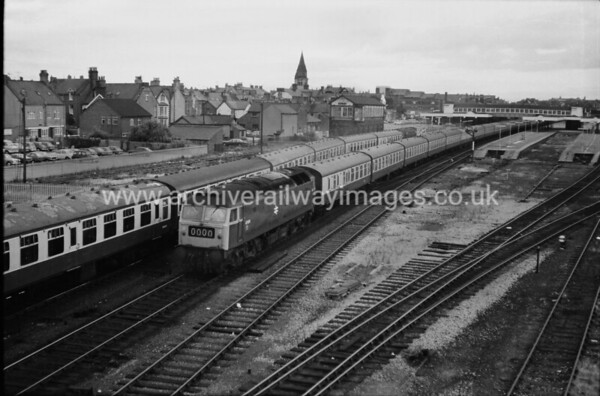 47034 23/7/77 Rhyl Withdrawn 10/96 HQ    Cut-Up 03/97 by MRJ Phillips at Crewe works