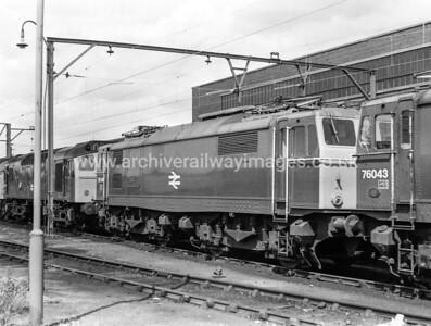 76046 20/6/76 Reddish Withdrawn 11/80 RSCut-Up 03/83 CF Booth Rotherham