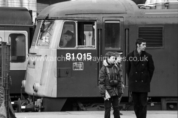 81015 23/2/83 Birmingham New Street Withdrawn 12/84 GW	   Cut-Up 05/92 MC Metals Glasgow