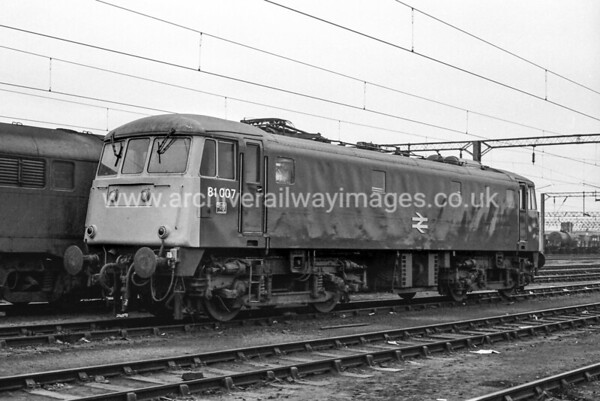 81007 20/11/83 Bescot Withdrawn 02/90 GWCut-Up 11/91 Coopers Metals Attercliffe