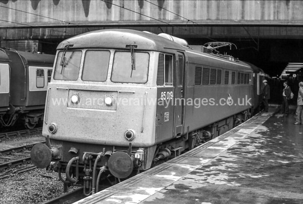 85019 19/6/82 Birmingham New St Withdrawn 12/89 CE Cut-Up 10/90 V Berry Leicester