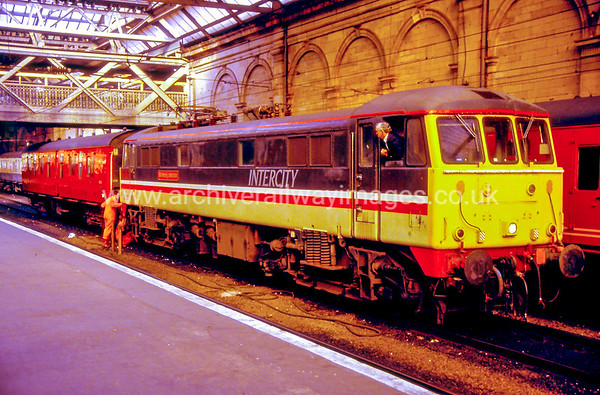 86227 Sir Henry Johnson 10/6/91 Edinburgh Waverley Withdrawn 10/04 NC Cut-Up 07/05 Ron Hull Jr Rotherham