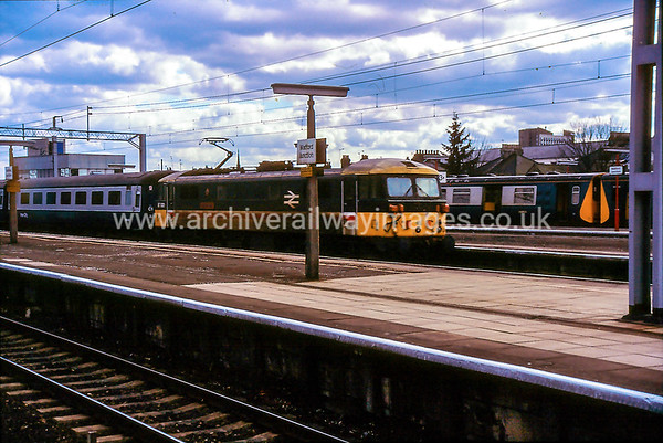 87001 Royal Scot 11/4/87 Watford Jct. Withdrawn 06/05 WB Now Preserved / Private Owner as at 14/5/17