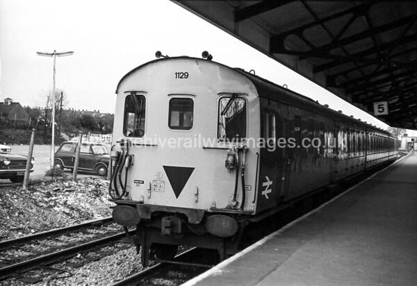 1129 12/4/82 Basingstoke