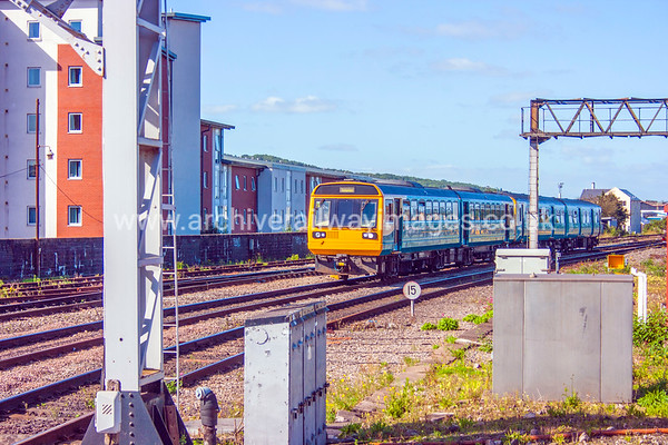 142081 13/9/12 Cardiff Central