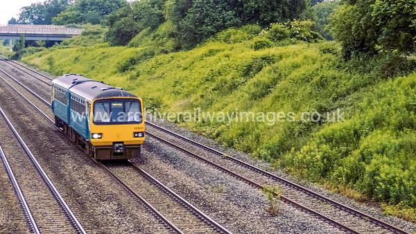 143623 17/6/16 Llandeveny ex.09.38 2L49 Cheltenham - Maesteg