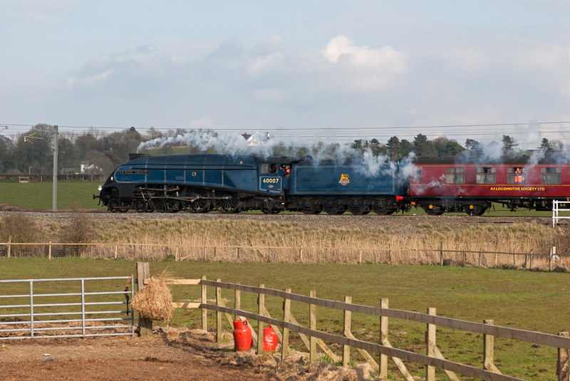 60007 Sir Nigel Gresley, 5Z23, Hest Bank, 16 April 2008 - 1722.  The A4 heads for Carnforth 95 minutes early.