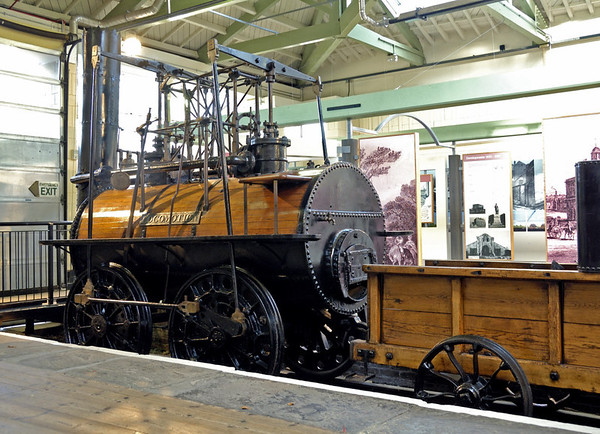 Stockton & Darlington Rly No 1 Locomotion, Head of Steam Museum, Darlington, 15 November 2009 2.  Locomotion has a single-flue boiler.
