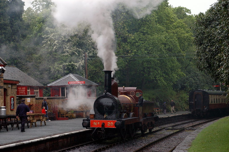 Furness Rly No 20, Haverthwaite, 21 May 2006 3.