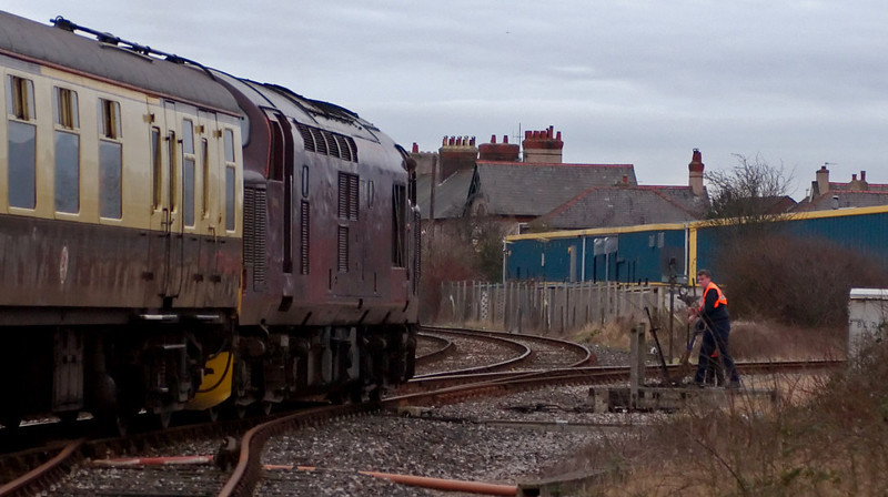 37401, 1Z67, Morecambe, 19 January 2008 - 1541    ...EWS's former Royal Scotsman 37, recently resurrected from long term store.  It had joined the 12 coach train in Preston docks, taking it up the 1 in 29 branch to the WCML.  As can be seen, the train went just far enough towards Morecambe to clear the points onto the Heysham branch.