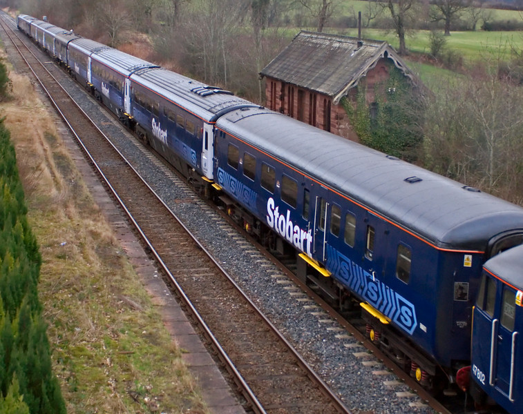 Stobart Pullman, Cumwhinton, 23 February 2008 - 1545   The Pulmman's consist was 47802, 17159, 10237(?), 11013, 11054, 1657, 11046, 11044, 11019, 80042, 11030, 11033, 47712.  NB that the doors of brake 17159 are blue.