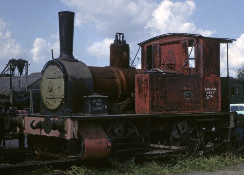 No 3 Baxter, Horsted Keynes, 11 September 1972.  Fletcher Jennings 158 / 1877, still on the Bluebell Rly in 2014.  Photo by Les Tindall.