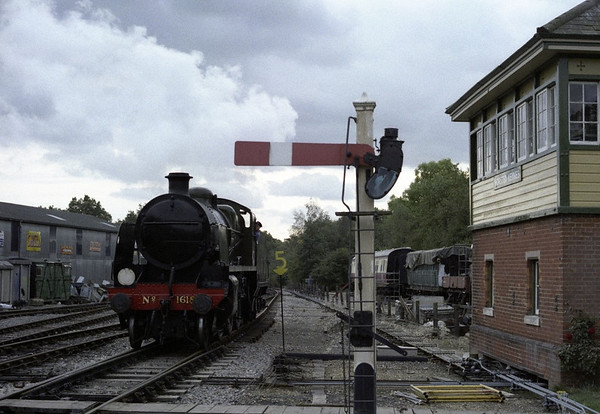 Southern Rly 1618, Horsted Keynes, 1989 2