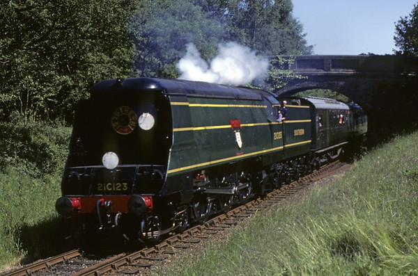 21C123 (34023) Blackmoor Vale, Freshfield Bank, June 1981.  Photo by Les Tindall.