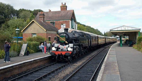 80151, Kingscote, 16 September 2007 - 1332.    Suitably decorated, 80151 stands on the Golden Arrow dining train formed of LMS brake 32975 and Pullmans Lilian, Eagle, Fingall and Christine.  It was waiting the arrival of ...