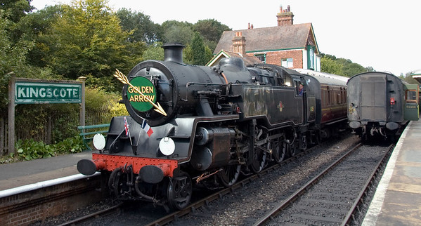 80151, Kingscote, 16 September 2007 - 1335.    The Golden Arrow gets away for Sheffield Park.