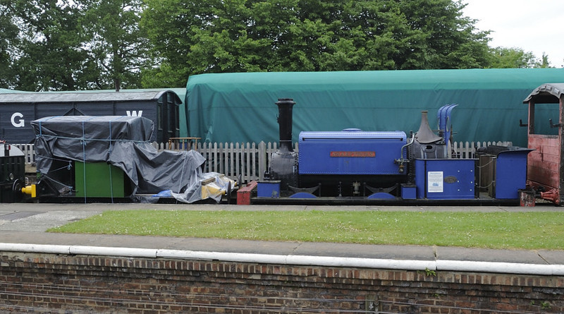 'Britannia' & Sharpthorn, Horsted Keynes, Sun 10 June 2012.  Howard 4wPM 957 / 1926 and Manning Wardle 641 / 1877.