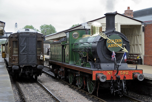 SECR 592 (31592), Sheffield Park, Sun 10 June 2012 1 - 1417.  After 1638 had left, 592 ran round its train to take water.