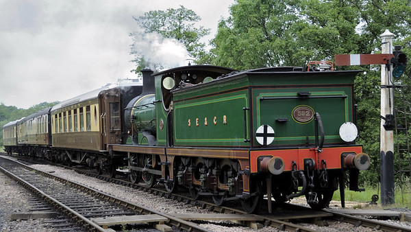 SECR 592 (31592), Sheffield Park, Sun 10 June 2012 - 1406.  Arriving with the Golden Arrow diner.