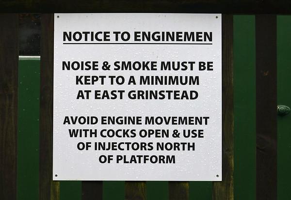 East Grinstead station, Mon 13 October 2014 6