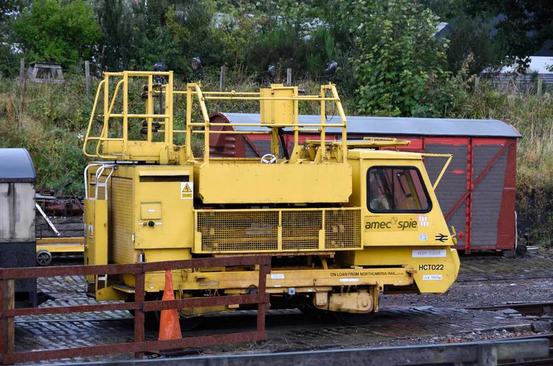 HCT 022, Bo'ness, 24 September 2016.  Permanent Way Equipment Co 4wDH 022 / 1988.  On loan from Northumbria Rail, previously owned by Amec Spie.