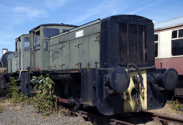 Colvilles Clyde Iron Works Nos 1 & 3, Bo'ness, 15 July 2007   No 1 is nearer the camera.  Both are Ruston & Hornsby 165hp diesel electric 0-4-0s built in 1958, works nos 421439 & 423658 respectively.
