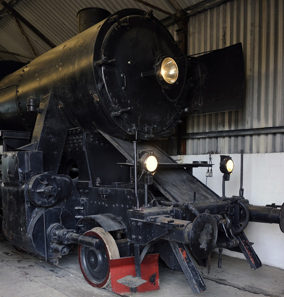[52 5865], Bressingham, Sun 1 September 2013 1.  Kriegslok 2-10-0 built by Schichau (4216 / 1944) for German State Railways. Subsequently transferred to Norway where it became part of the strategic reserve.  NB that only one smoke deflector is present.