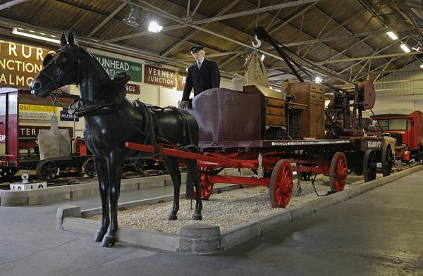 Lancashire & Yorkshire Rly horse dray & Midland Rly handcrane, Quainton Road, 28 December 2012