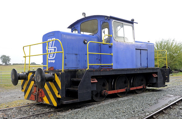 English Electric 0-6-0DH D1230  / 1969, Llynclys, Fri 26 August 2011.  Ex Tibbett & Britten of Neasden.