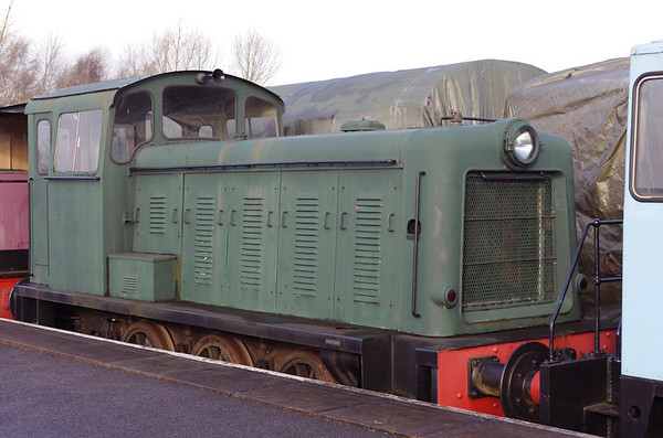 [Hem Heath], Brownhills West, Sat 15 December 2012.  Bagnall 0-6-0DM 3119 / 1956.